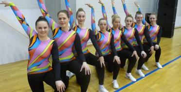 Sveikiname step aerobikos komandą